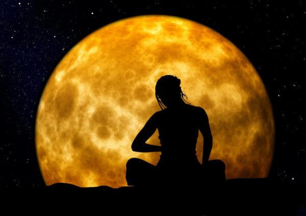 sherrie-clark-courage-to-be-seen-moon-light-women